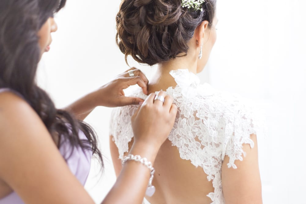 Bride-Prep-Maid-Of-Honour-Zsuzsi-Pal-Photography