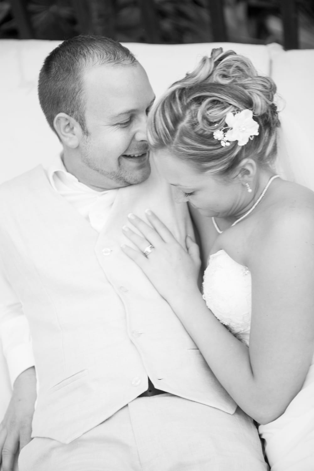 B&W-Portrait-Wedding-Zsuzsi-Pal-Photography