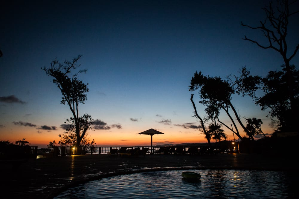 Resort-Sunset-Honduras-Wedding-Zsuzsi-Pal-Photography