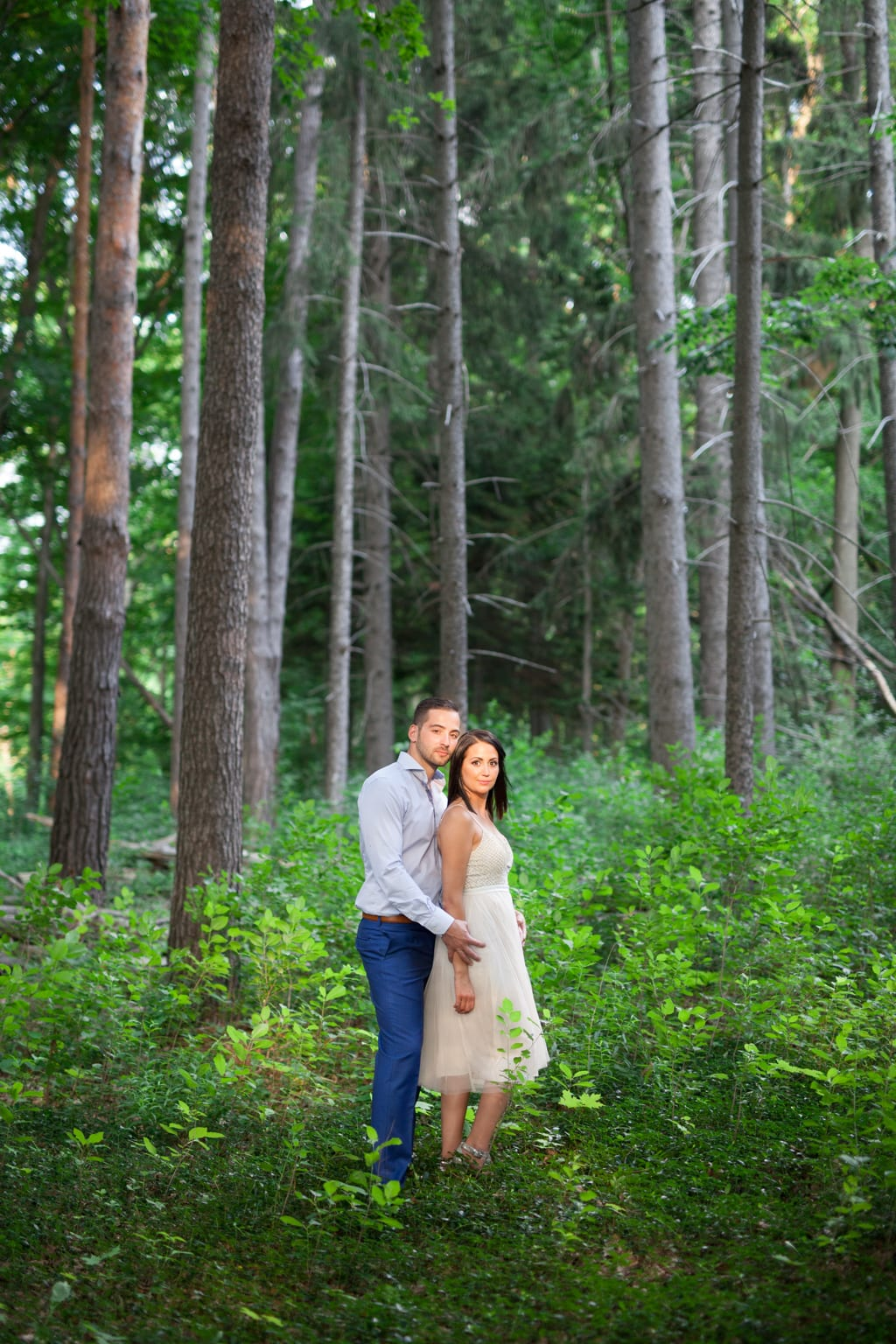 Sunset-Light-Forest-Engagement-Zsuzsi-Pal-Photography
