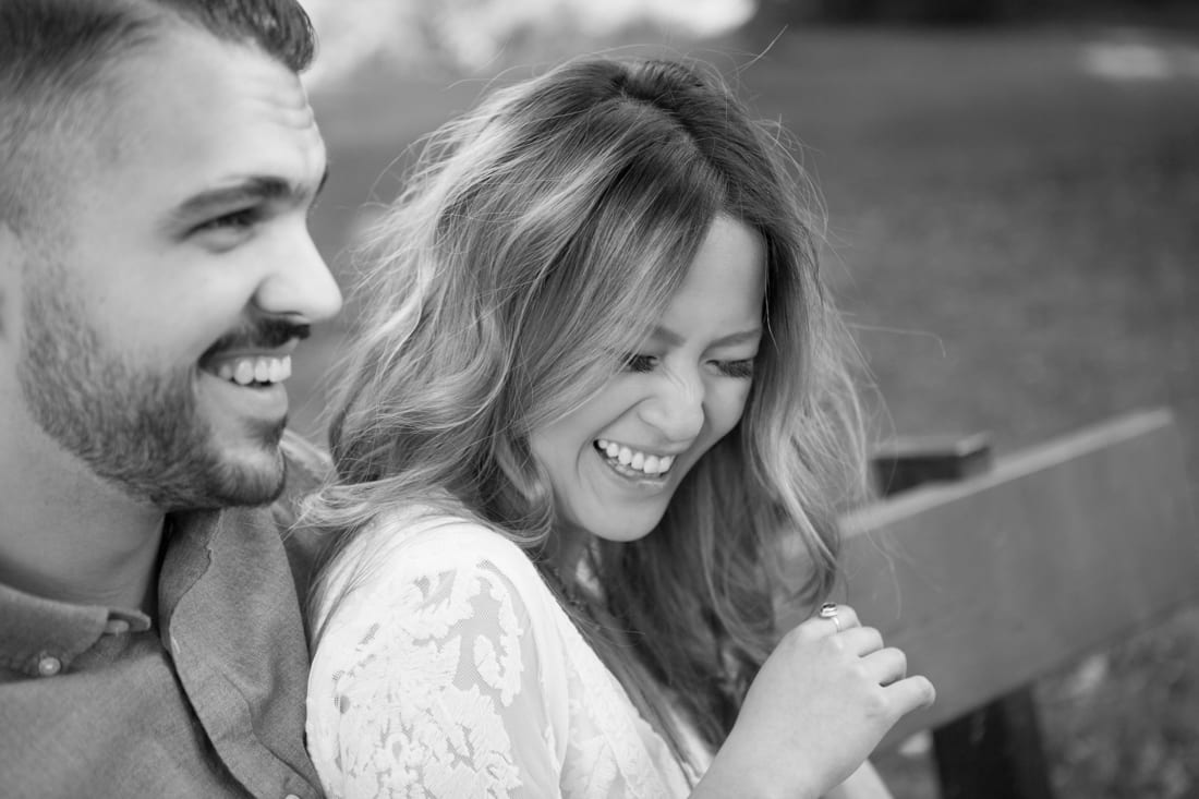 Zsuzsi-Pal-Photography-Engagement-Laughing