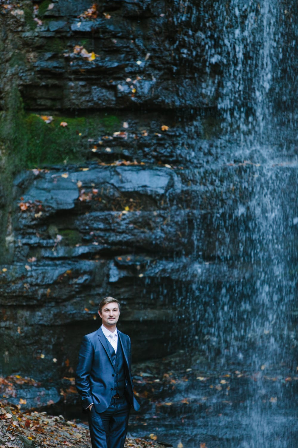 Groom-Waterfall-Zsuzsi-Pal-Photography-Wedding