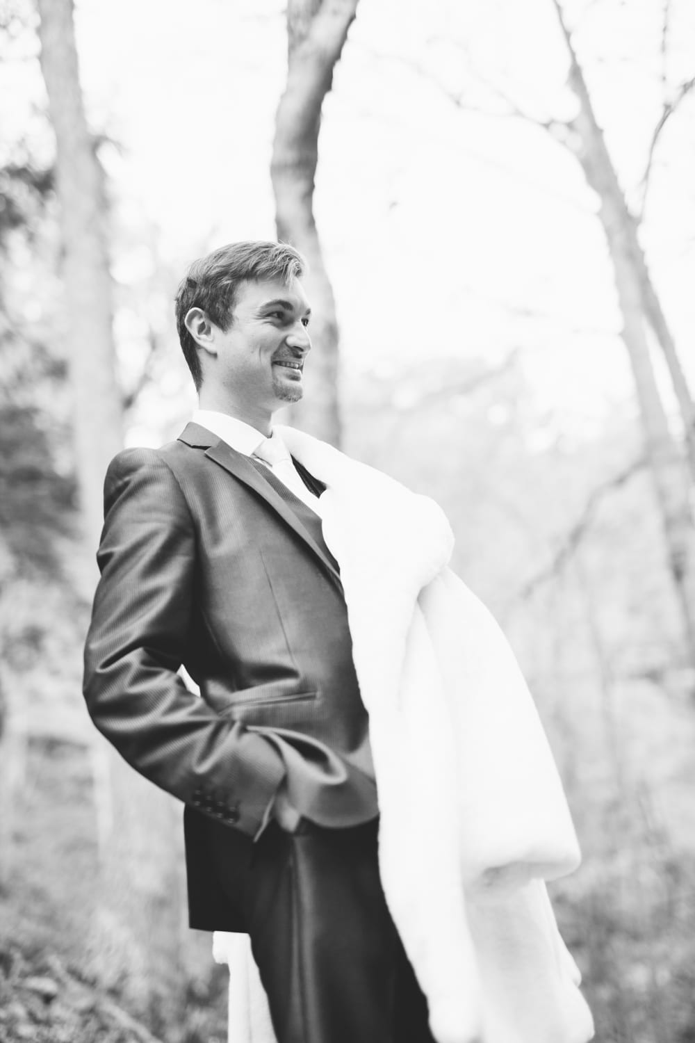 Groom-Fur-Coat-Zsuzsi-Pal-Photography-Wedding