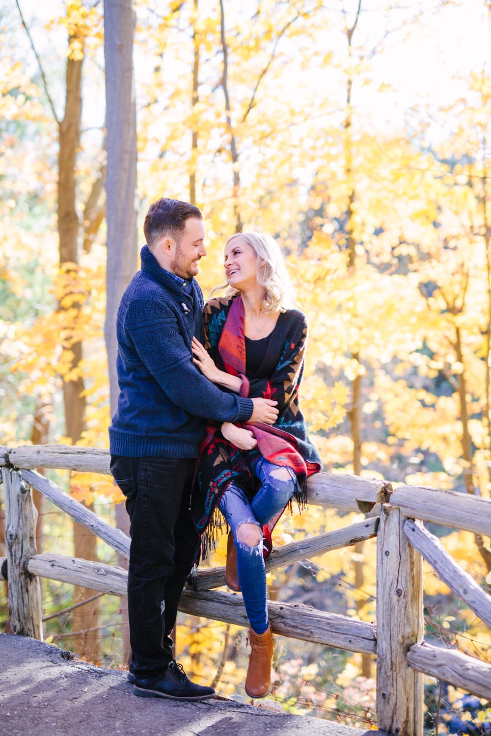 Sunset-Fall-Engagement-Zsuzsi-Pal-Photography