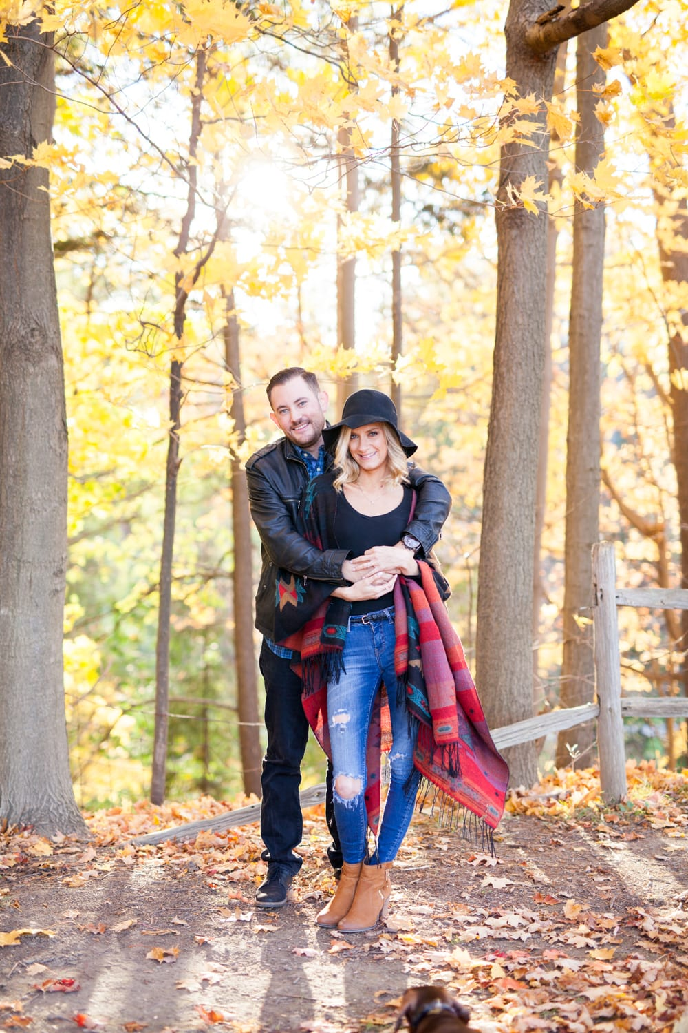 Couple-Fall-Engagement-Zsuzsi-Pal-Photography