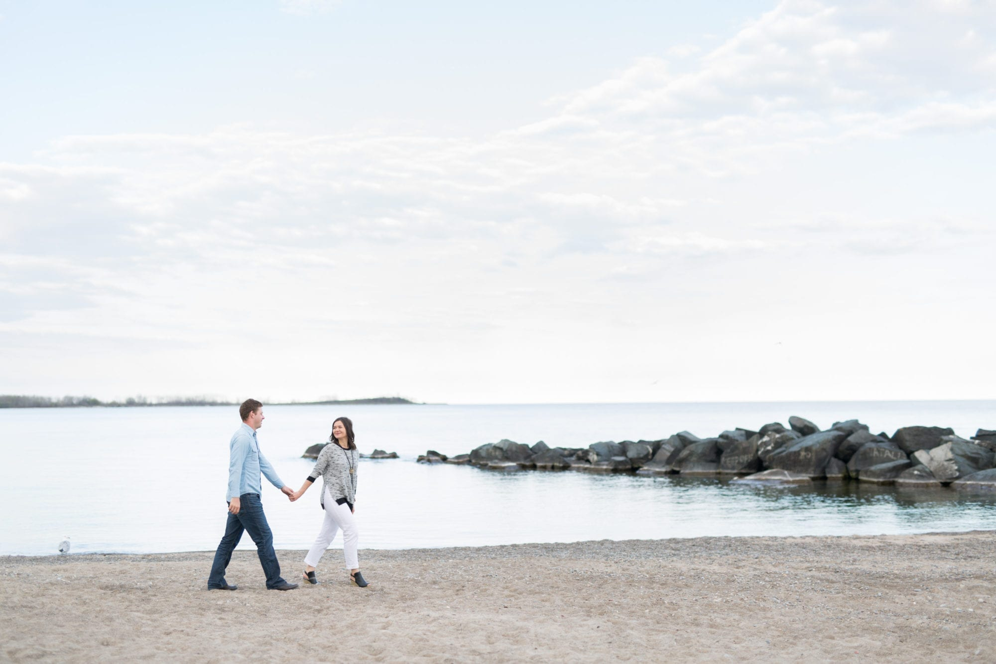 Beach Walk Toronto Island Engagement Zsuzsi Pal Photography