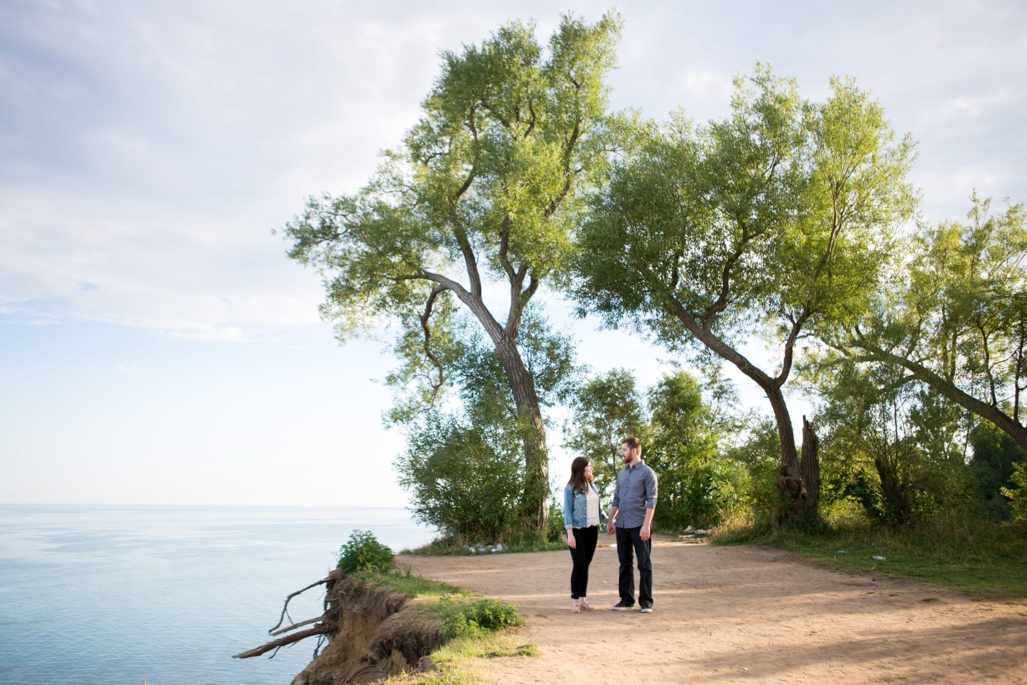 Cliff Couple Scarborough Bluffs Engagement Zsuzsi Pal Photography