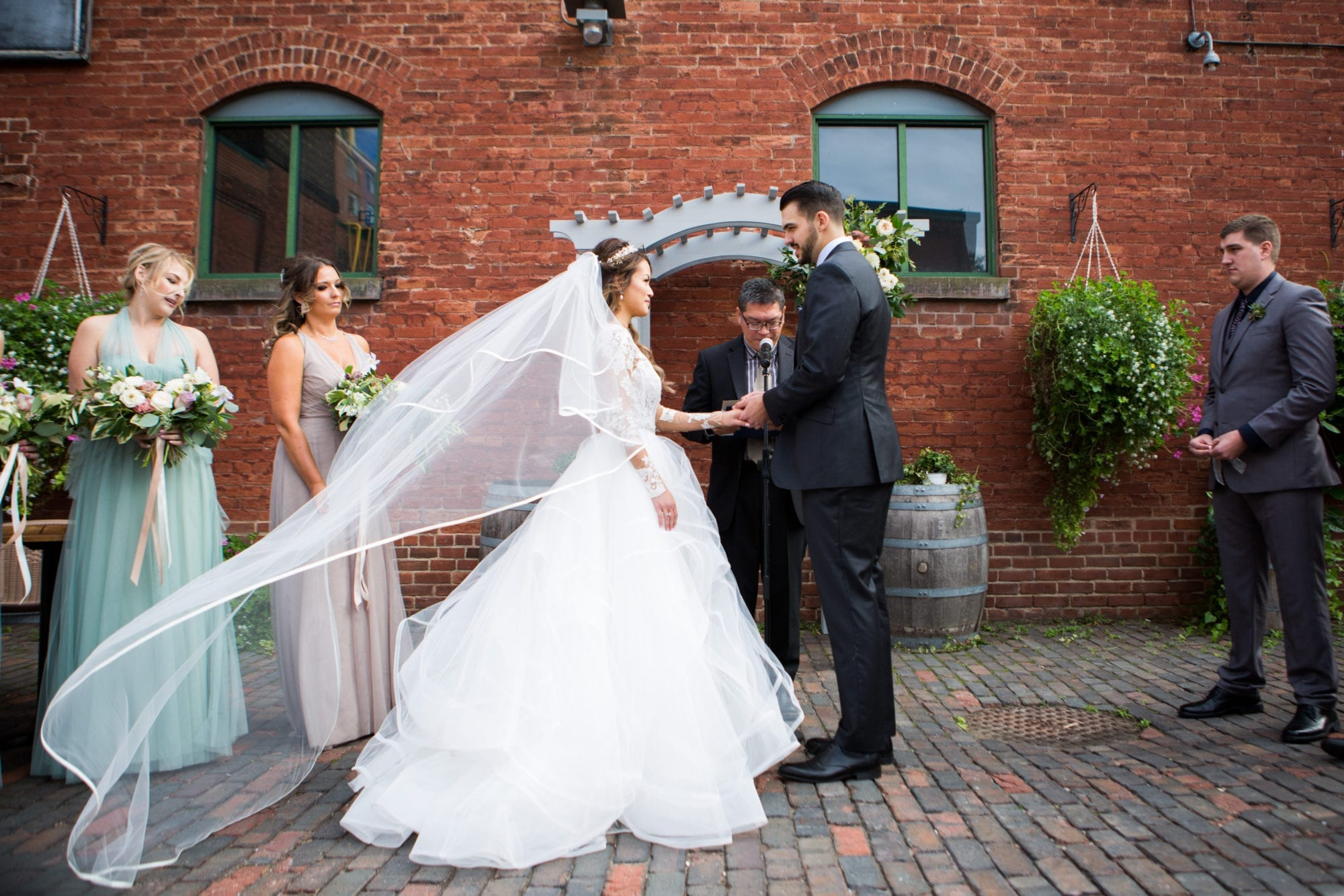 Bride Groom Long Veil Ceremony Toronto Wedding Zsuzsi Pal Photography