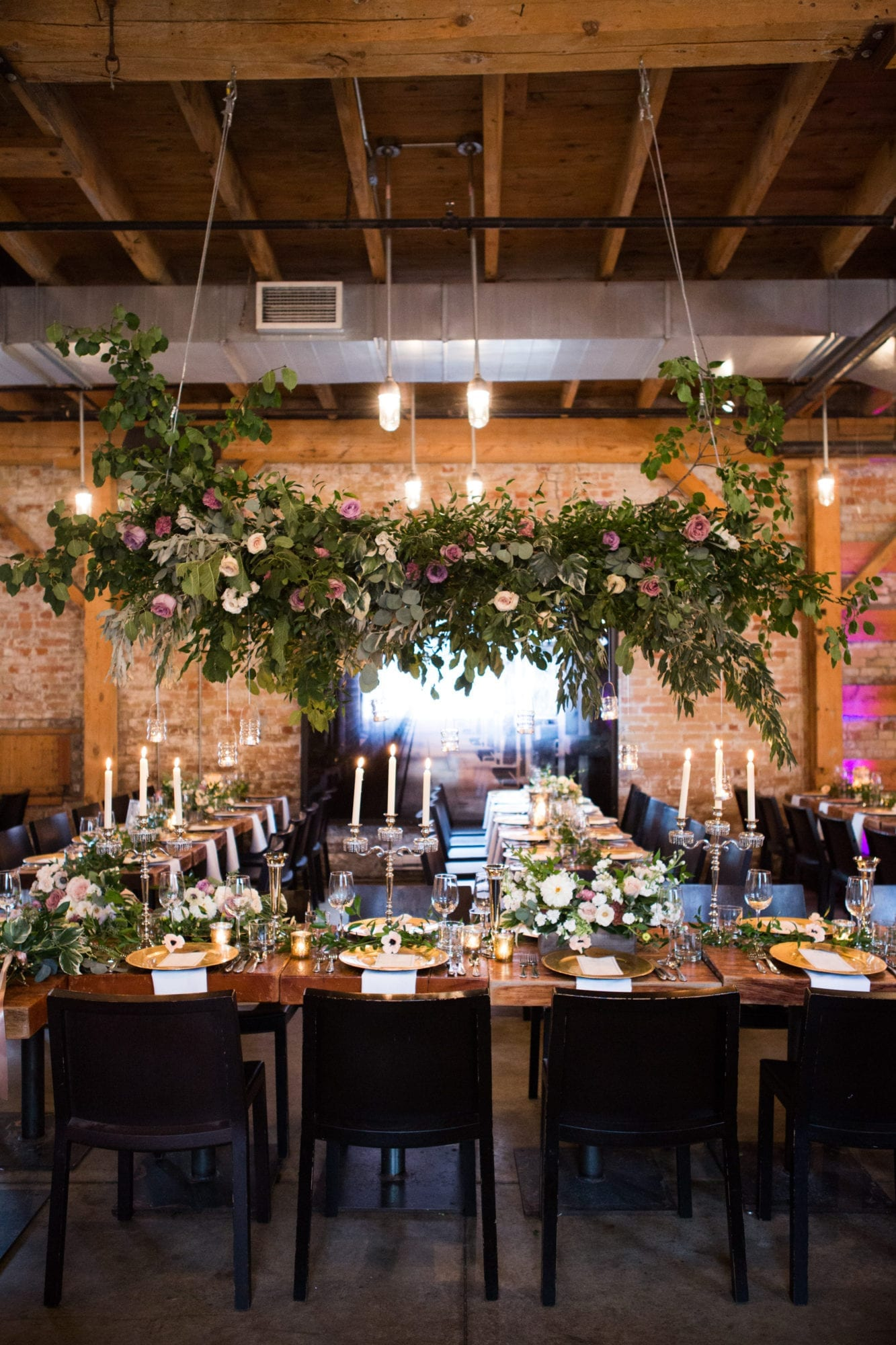 Archeo Details Tablesetting Flowers Toronto Wedding Zsuzsi Pal Photography
