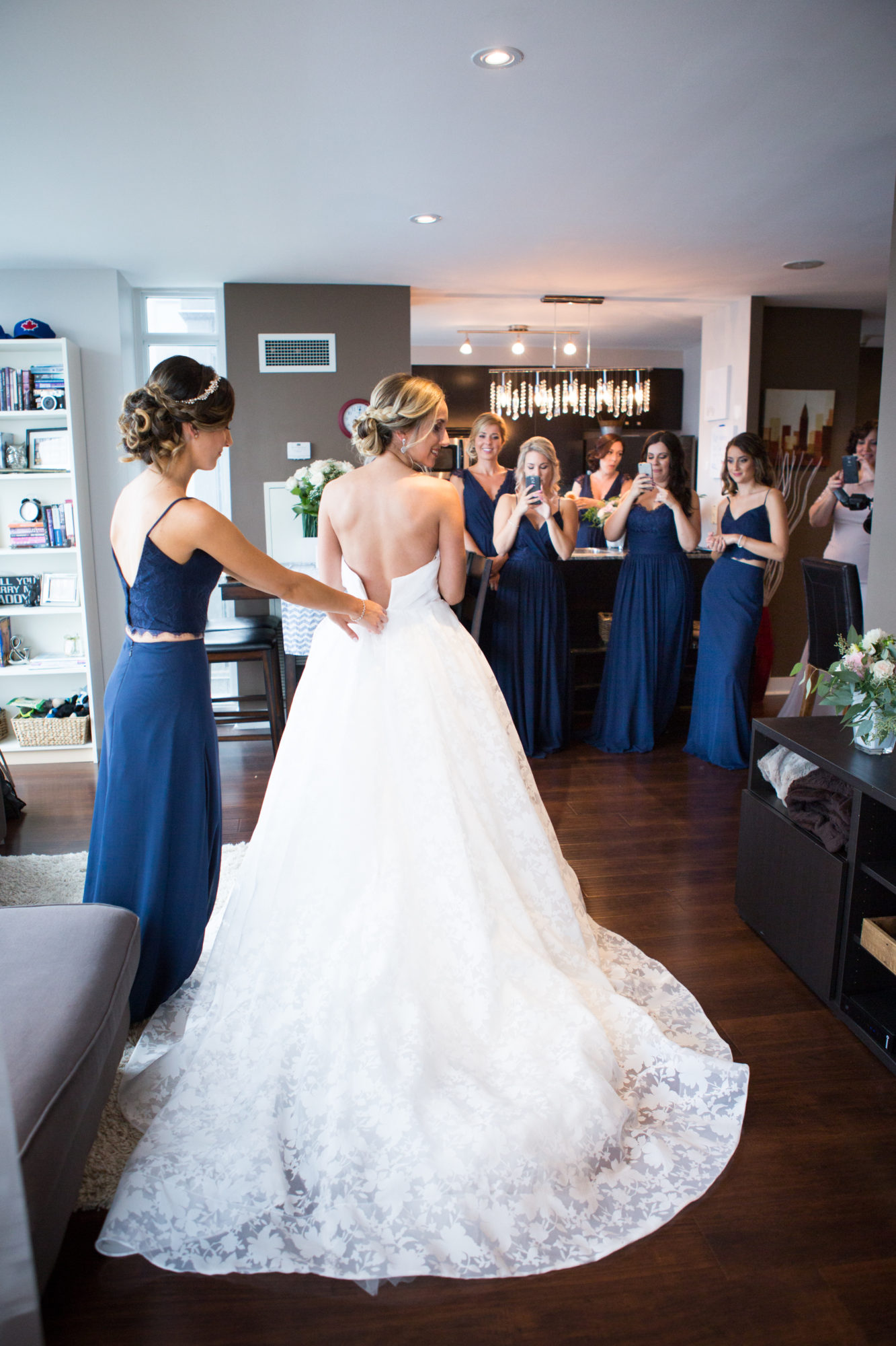 Bride Bridesmaids Toronto Wedding Zsuzsi Pal Photography