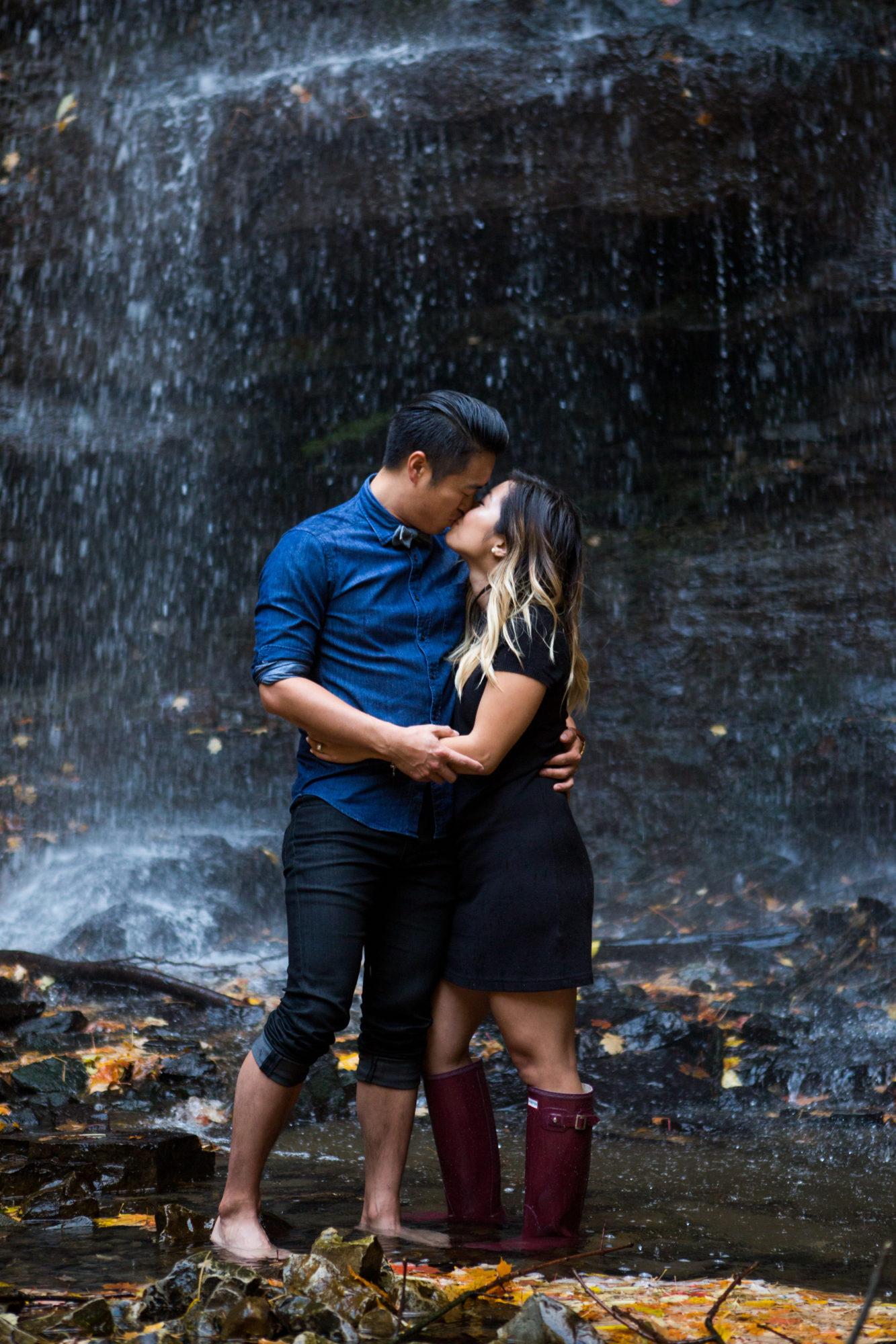 Embrace Engagement Shoot Tiffany Falls Waterfall Zsuzsi Pal Photography