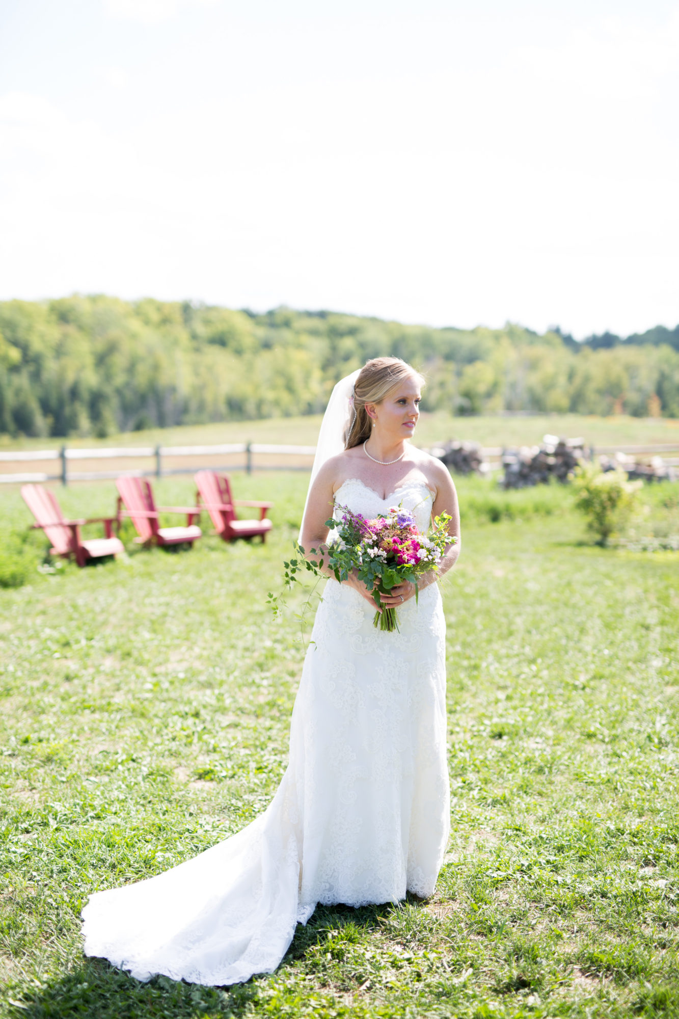 bride bouquet South Pond Farms Zsuzsi Pal Photography Wedding