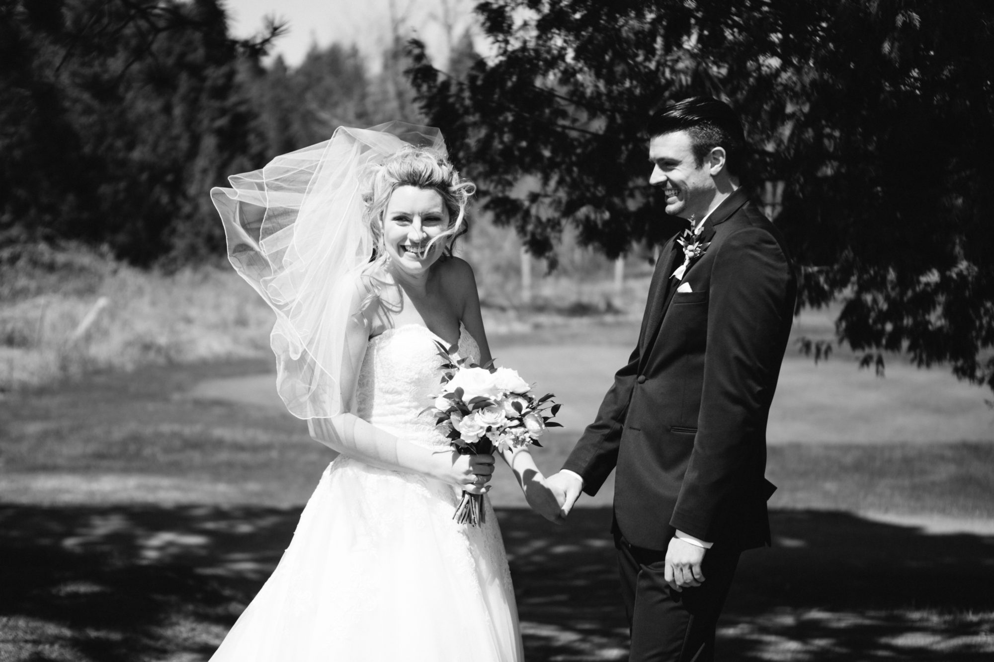 First Look Reveal Hockley Valley Wedding Zsuzsi Pal Photography