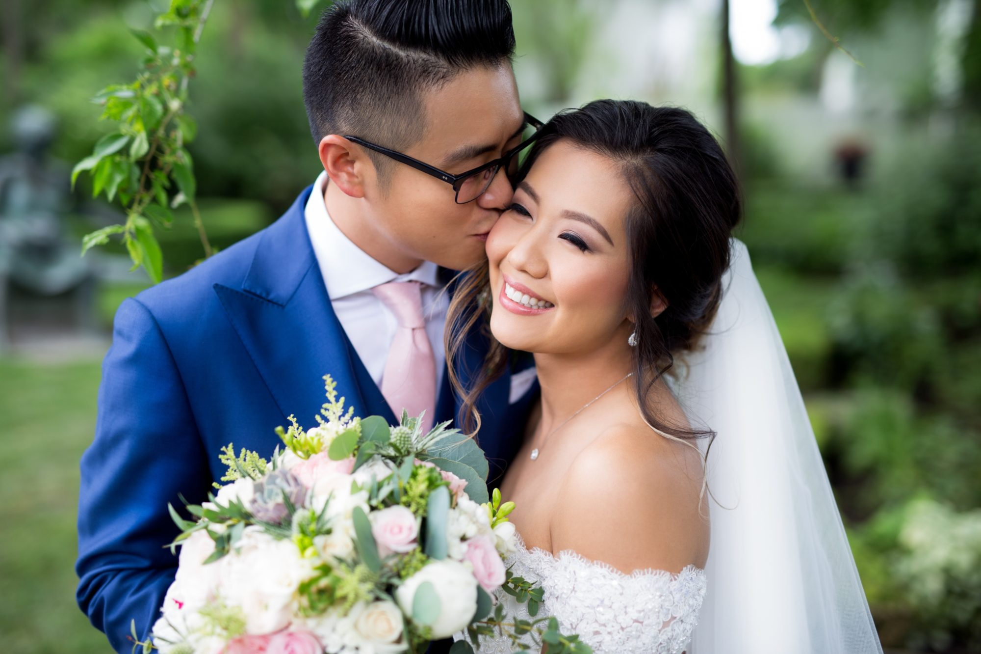 Bride Groom Toronto Chinese Korean Wedding Zsuzsi Pal Photography