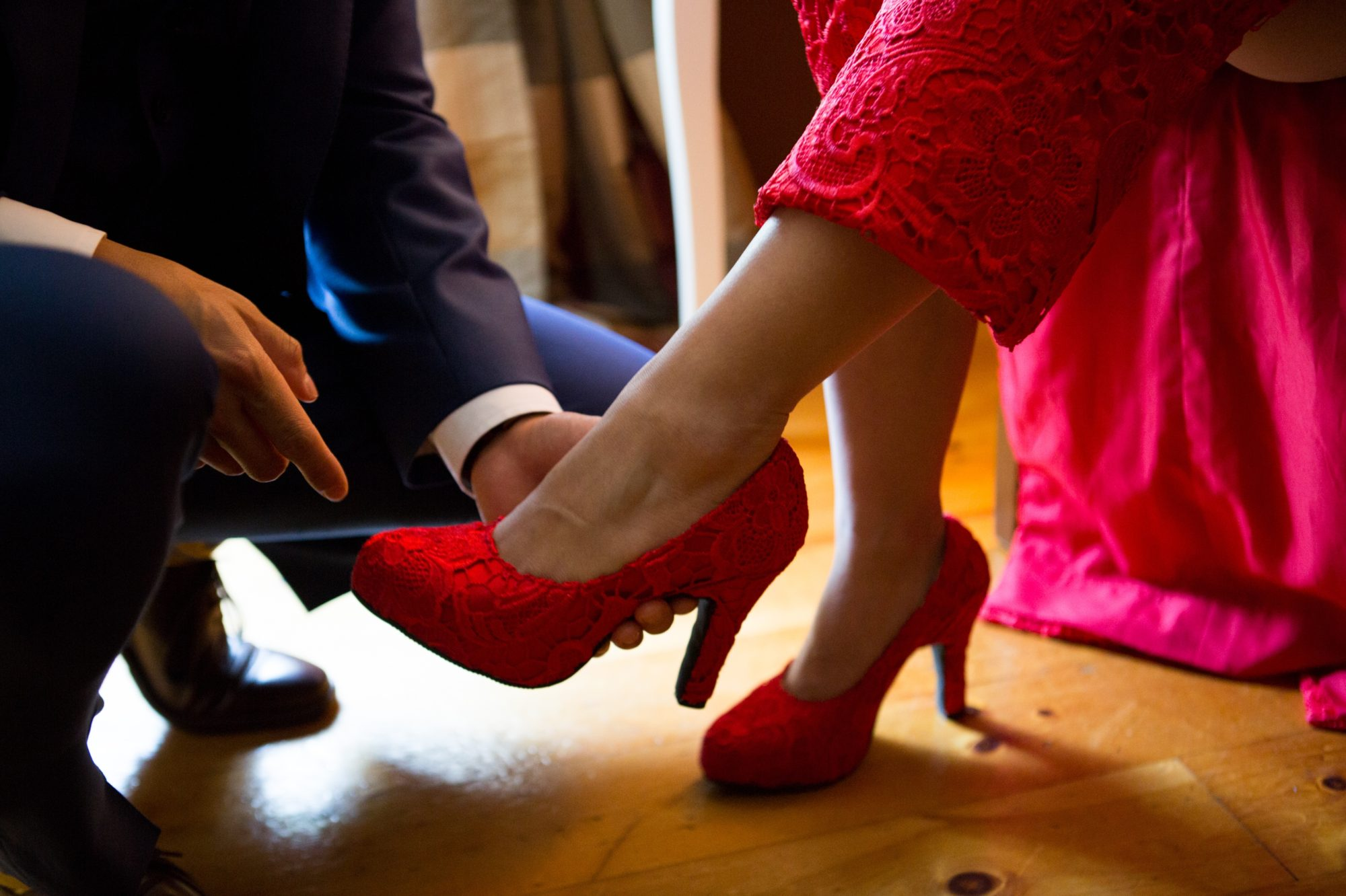 Red Shoes Toronto Chinese Korean Wedding Zsuzsi Pal Photography