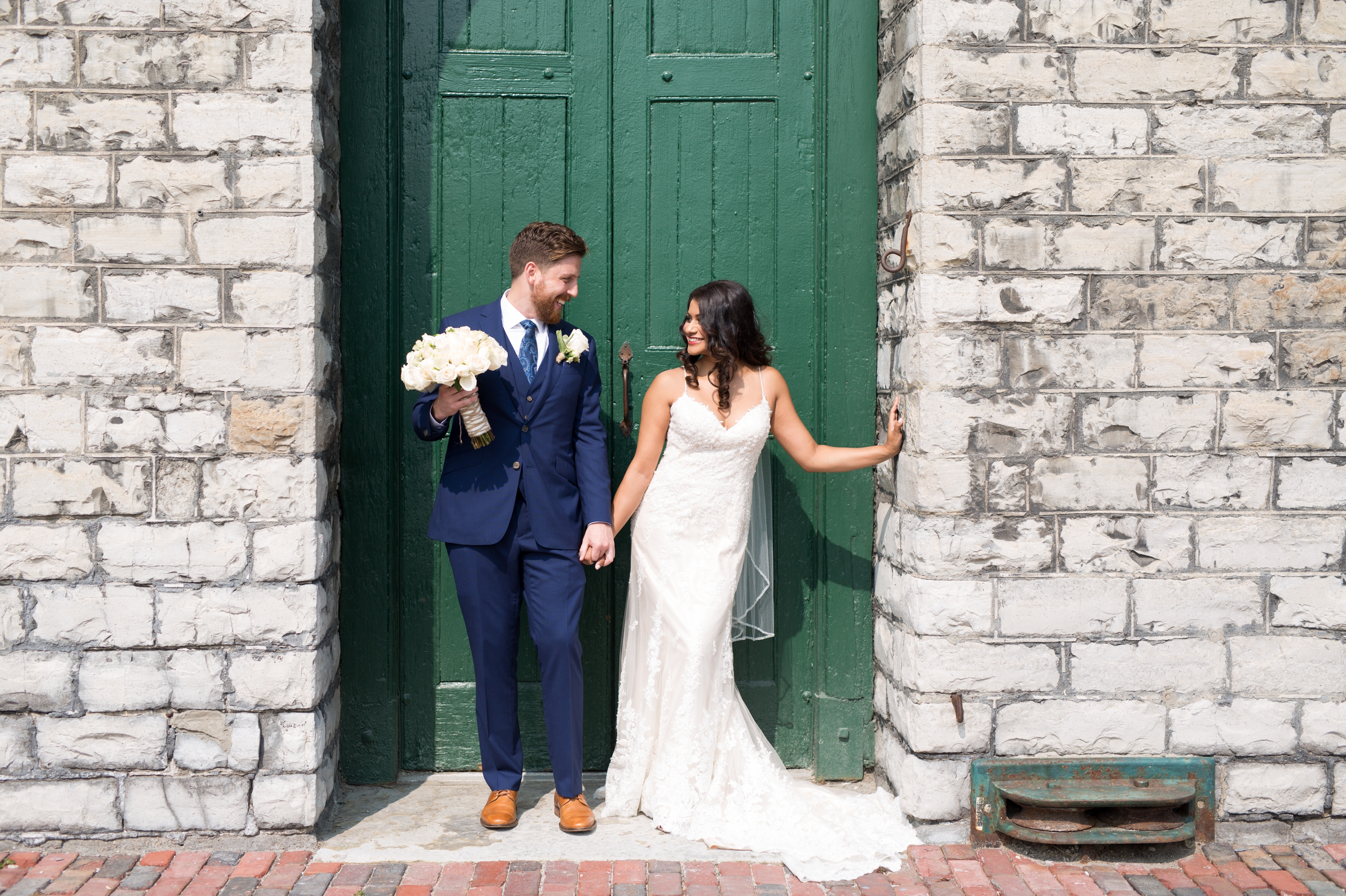Couple Toronto Wedding Drake One Fifty Zsuzsi Pal Photography
