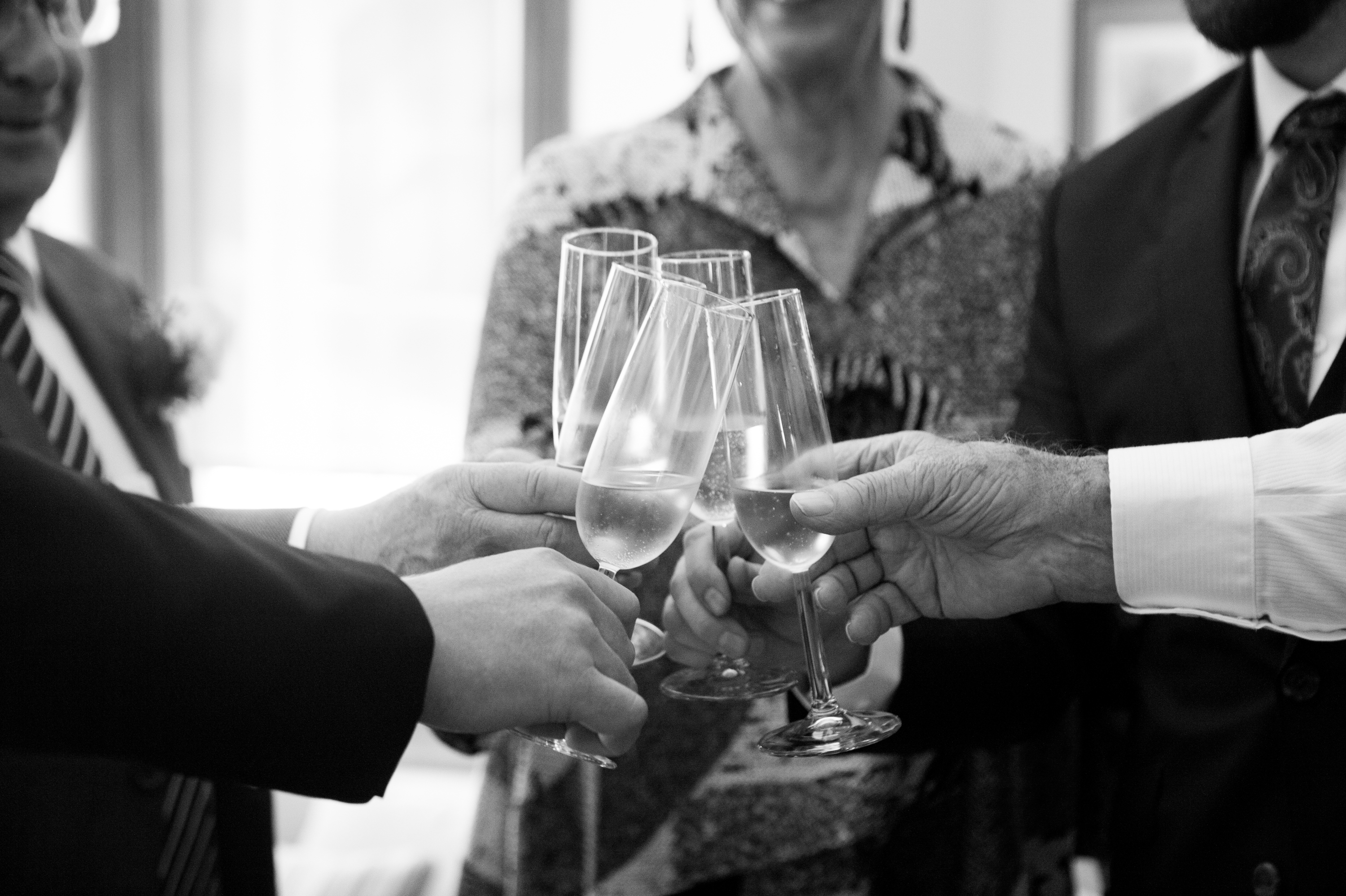 Cheers Toronto Wedding Drake One Fifty Zsuzsi Pal Photography