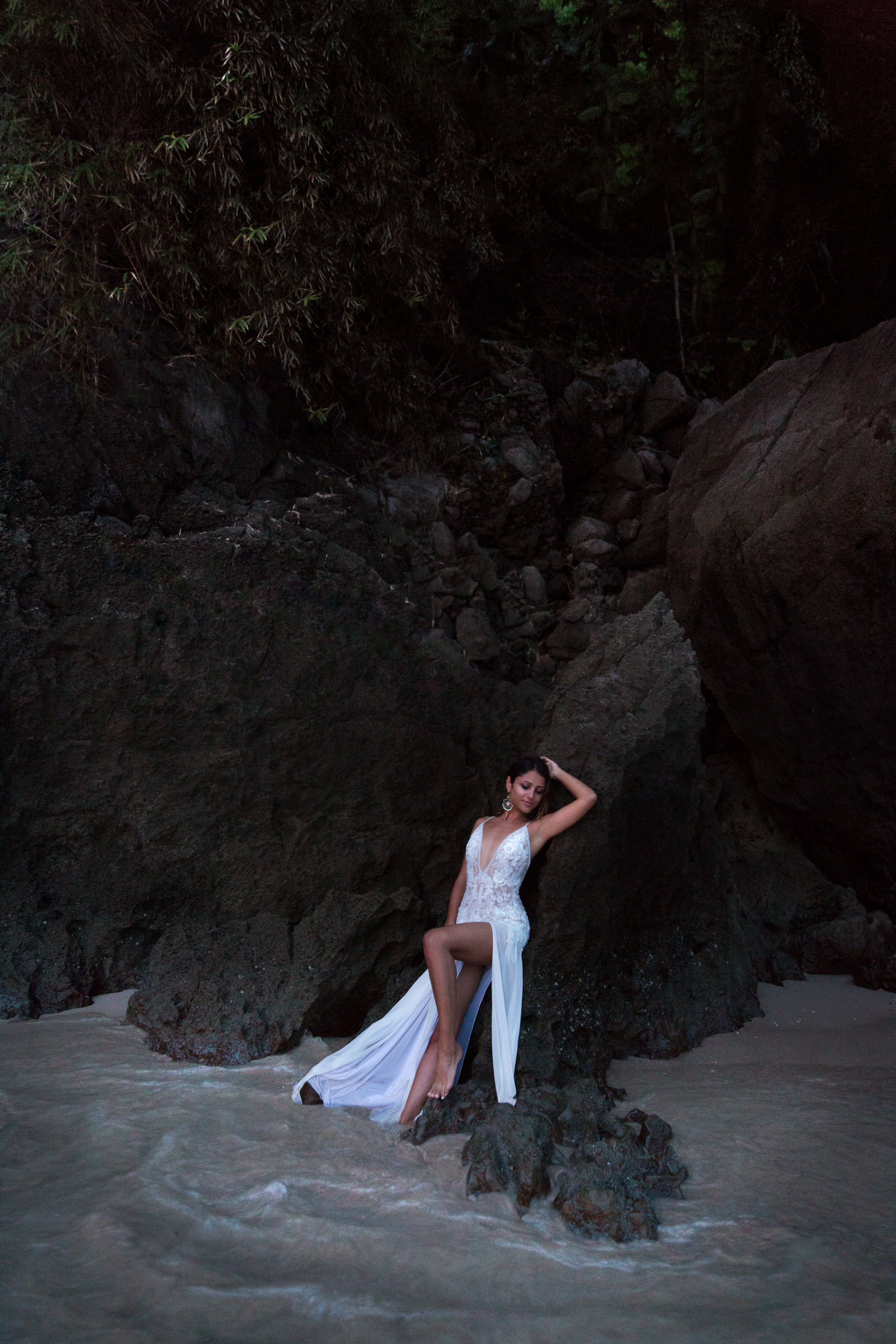 Sexy Bride Railay Beach Thailand Krabi Zsuzsi Pal Photography Wedding Sunset