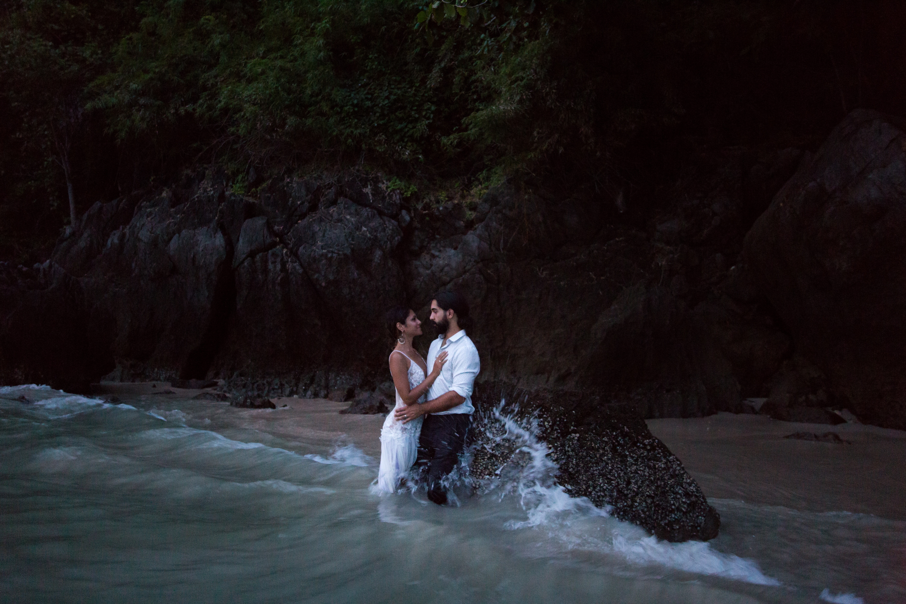 Waves Ocean Sea Railay Beach Thailand Krabi Zsuzsi Pal Photography Wedding Sunset