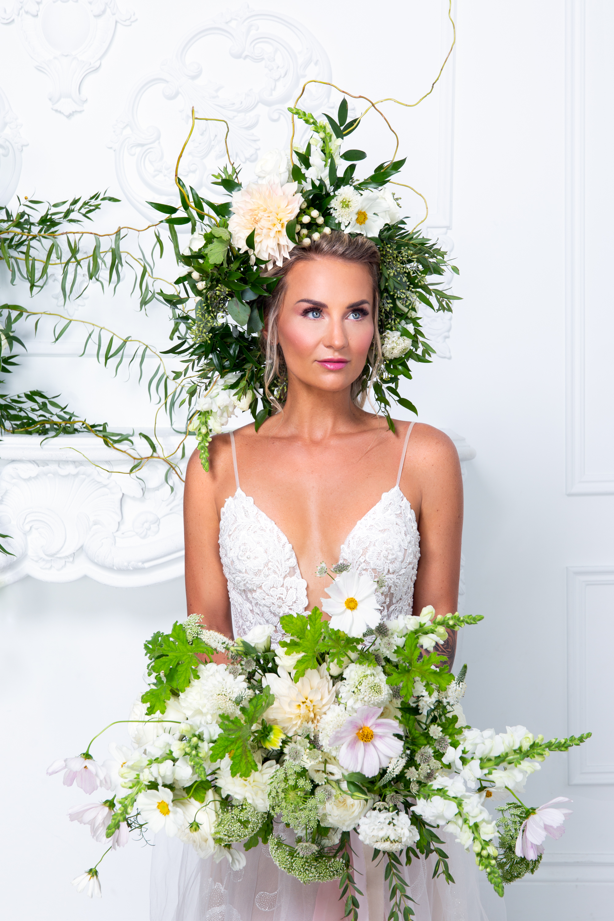 Flower Crown Acro Buddhas Bride Movement In Love Styled Wedding Zsuzsi Pal Photography