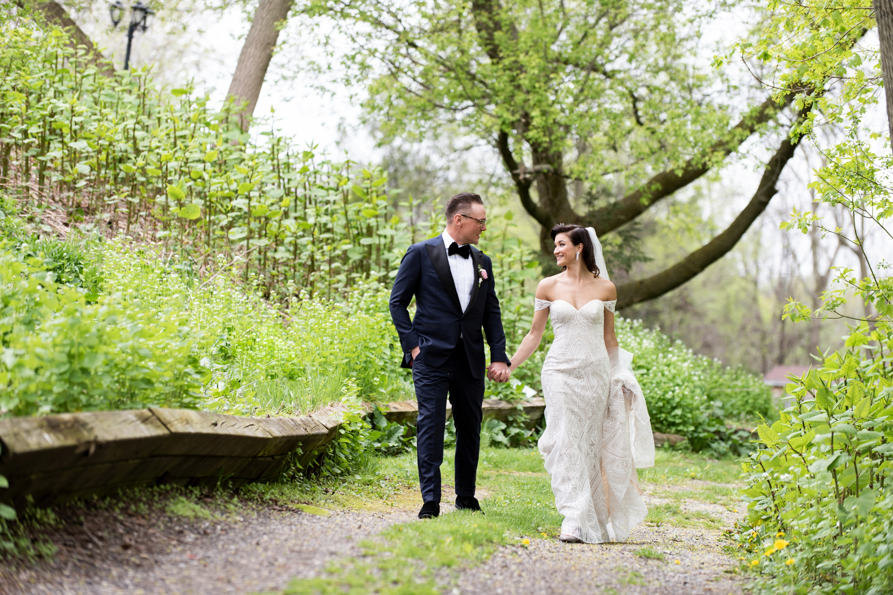 Couple Walk Josh Zsuzsi Pal Photography Wedding Elmhurst Inn Studio Lumen