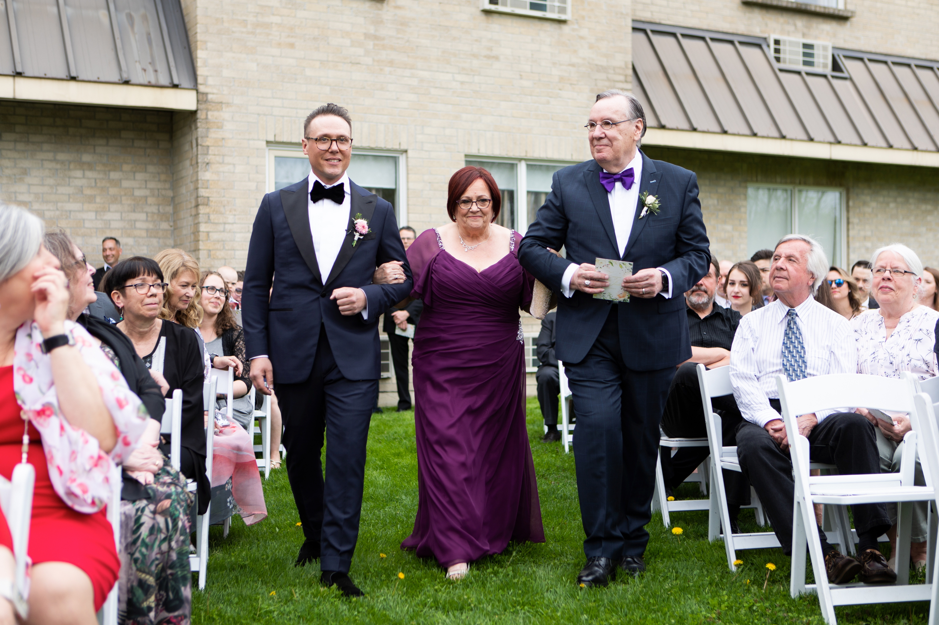 Mother Father Groom Josh Zsuzsi Pal Photography Wedding Elmhurst Inn Studio Lumen
