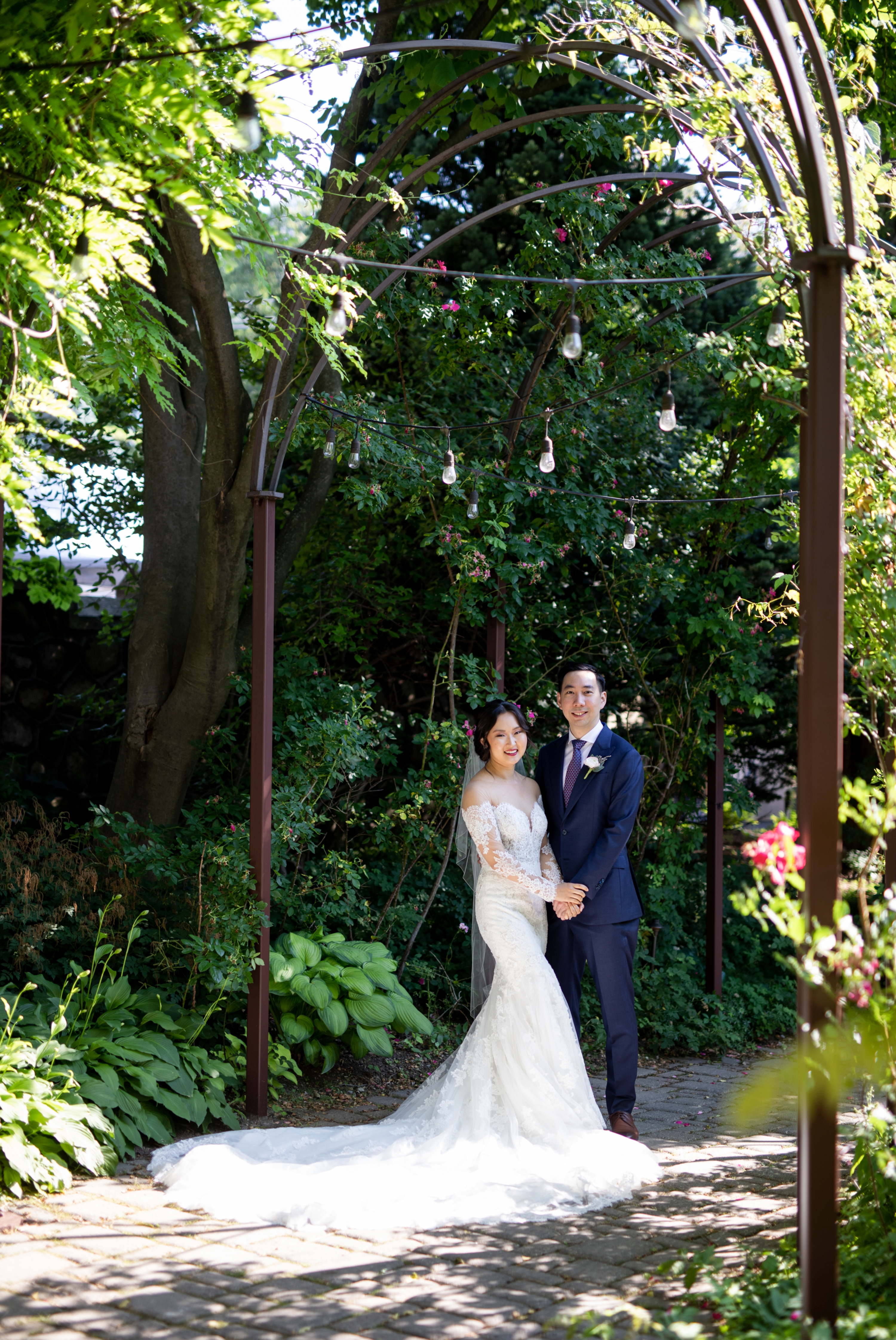 Couple Portrait Casa Loma Four Seasons Chinese Wedding Zsuzsi Pal Photography Cindy Brian