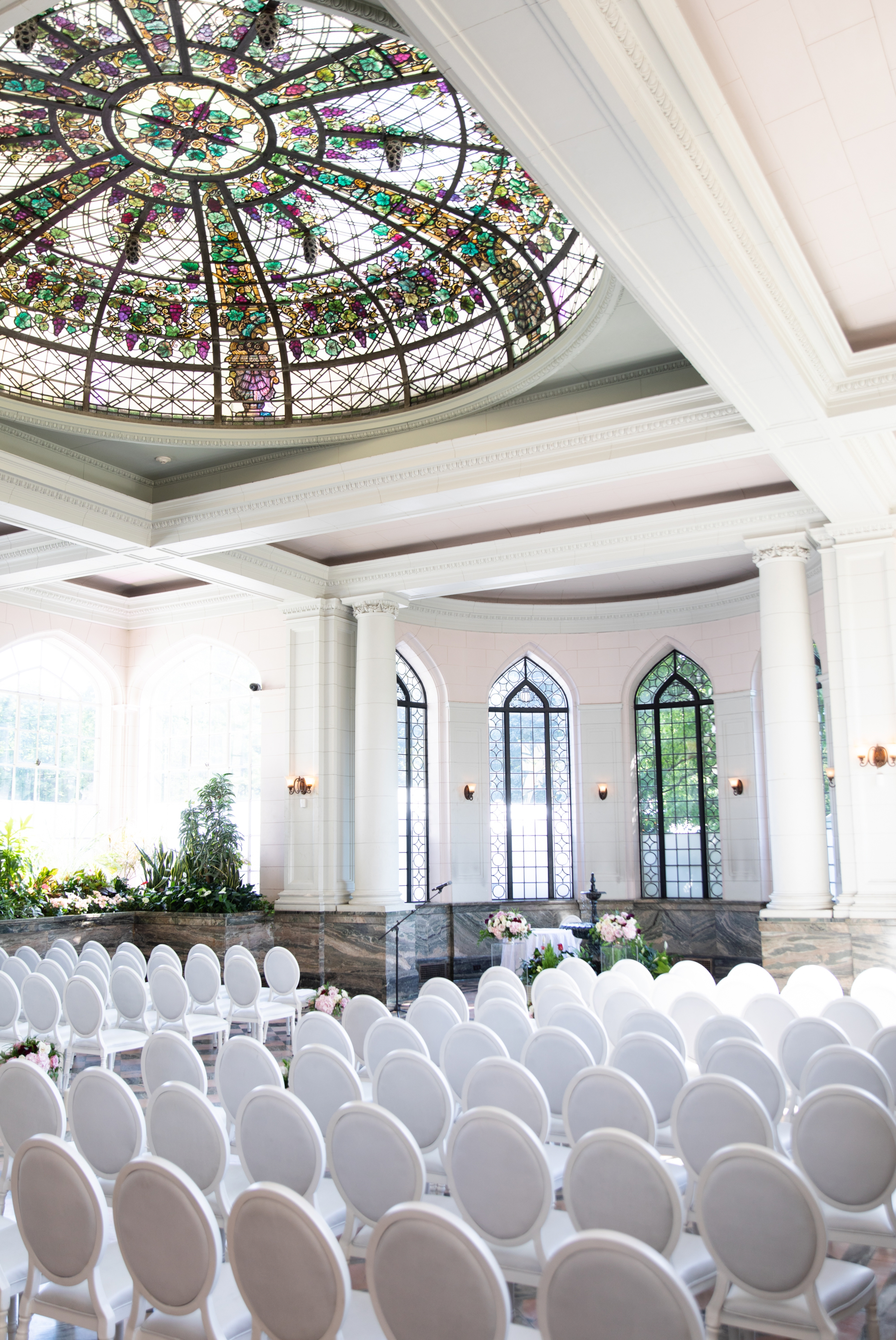 Ceremony backdrop Decor Toronto Casa Loma Four Seasons Chinese Wedding Zsuzsi Pal Photography Cindy Brian