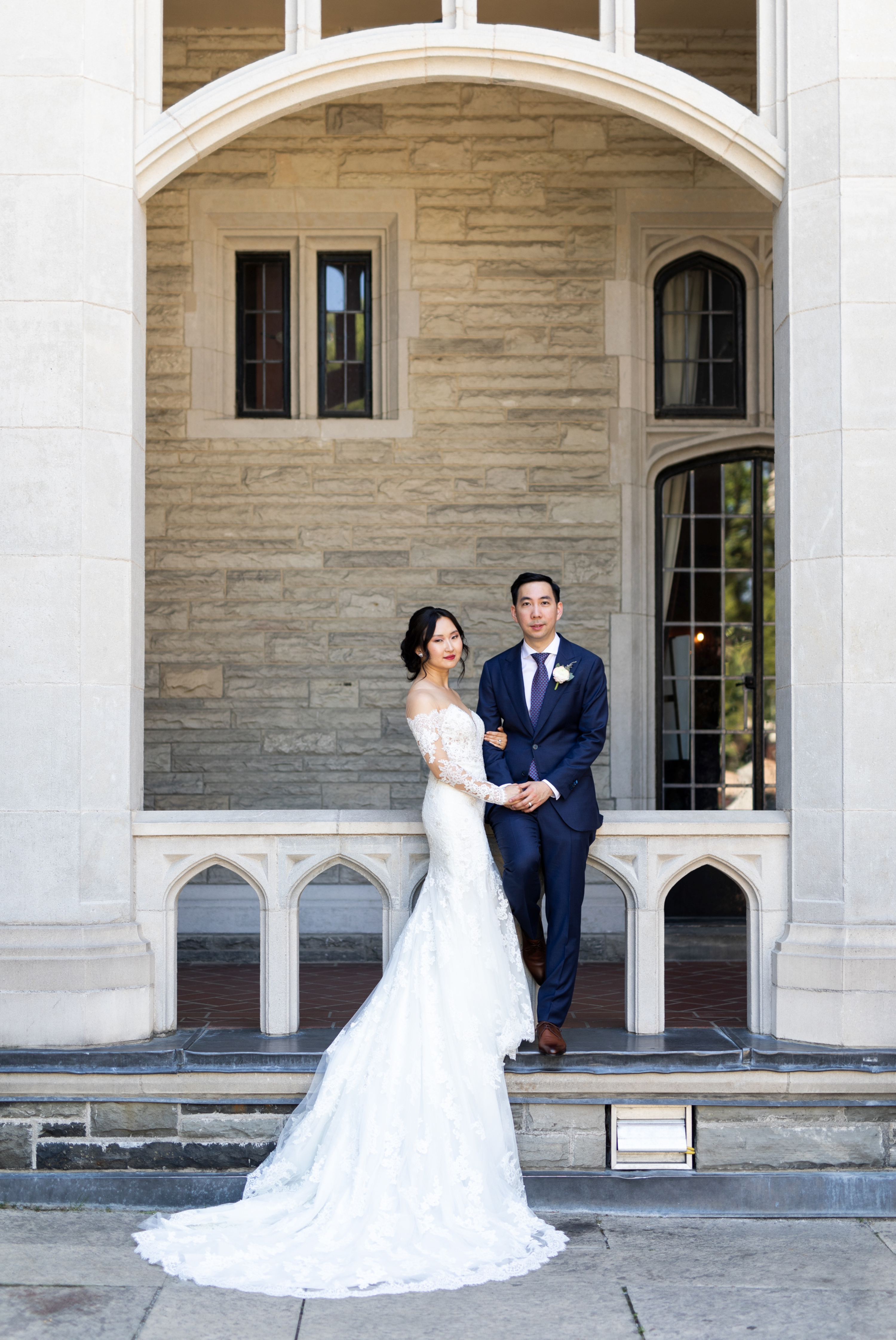 Castle Wall Toronto Casa Loma Four Seasons Chinese Wedding Zsuzsi Pal Photography Cindy Brian