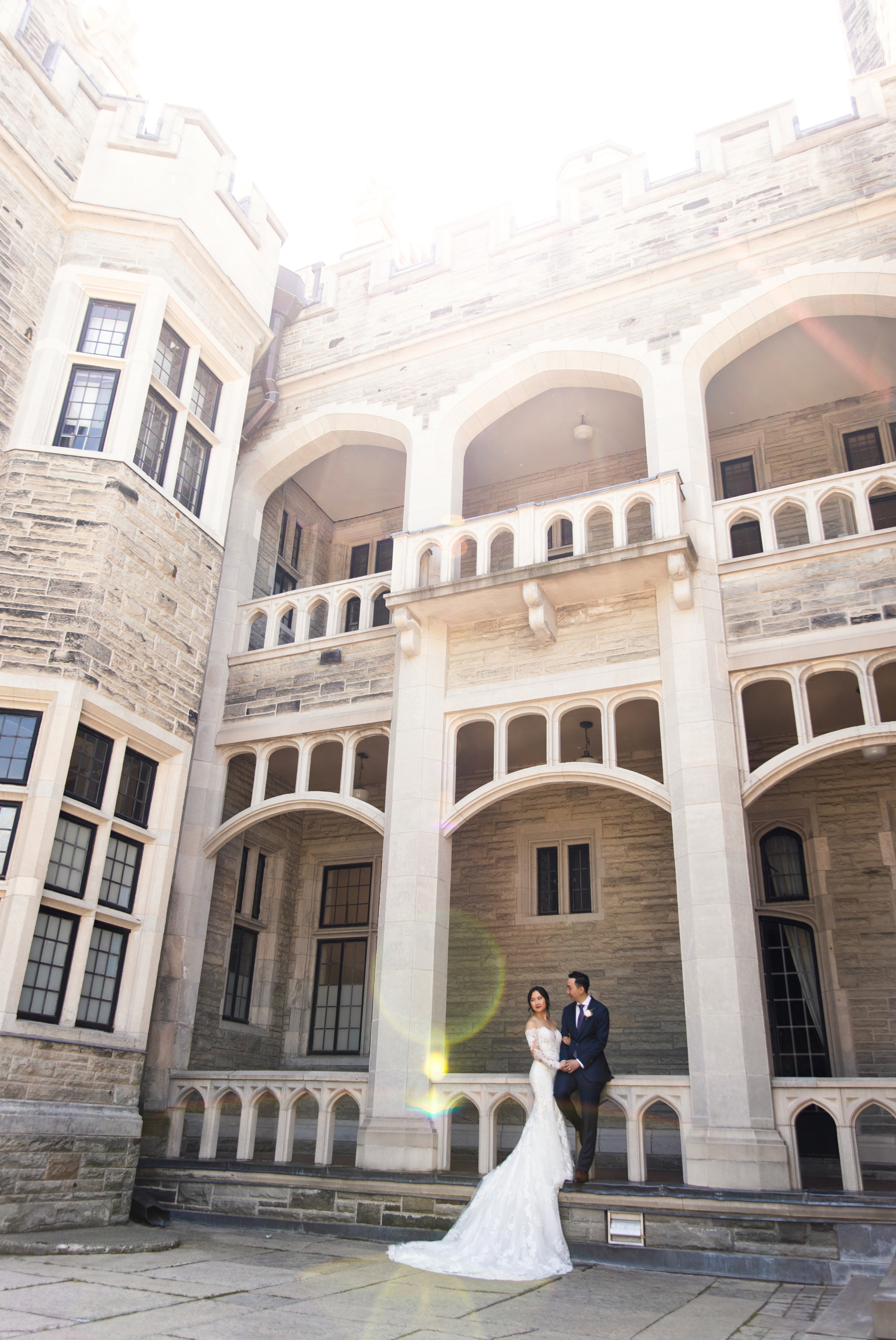 Castle Sun Flare Toronto Casa Loma Four Seasons Chinese Wedding Zsuzsi Pal Photography Cindy Brian