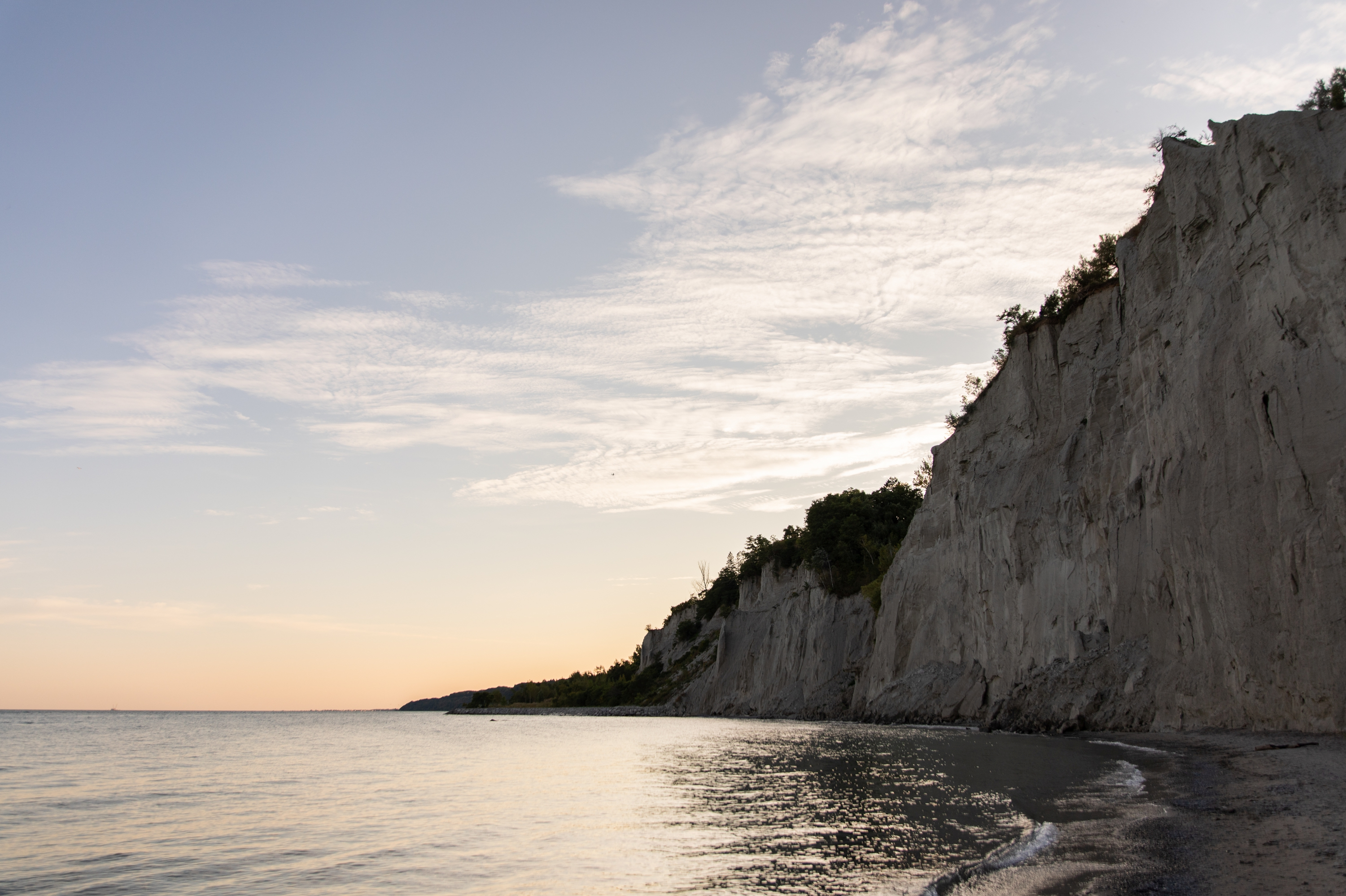 Zsuzsi Pal Photography, Guild Inn, Scarborough Bluffs, Engagement, Toronto, Sunset