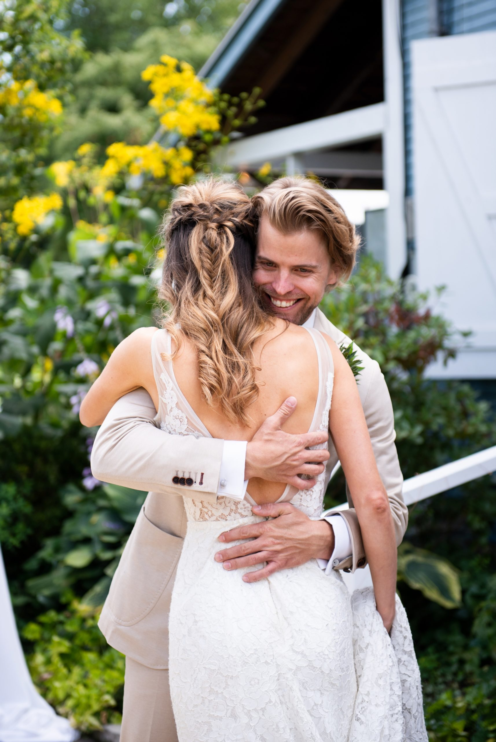 Couple Hug Toronto Ward's Island Summer Wedding Zsuzsi Pal Photography
