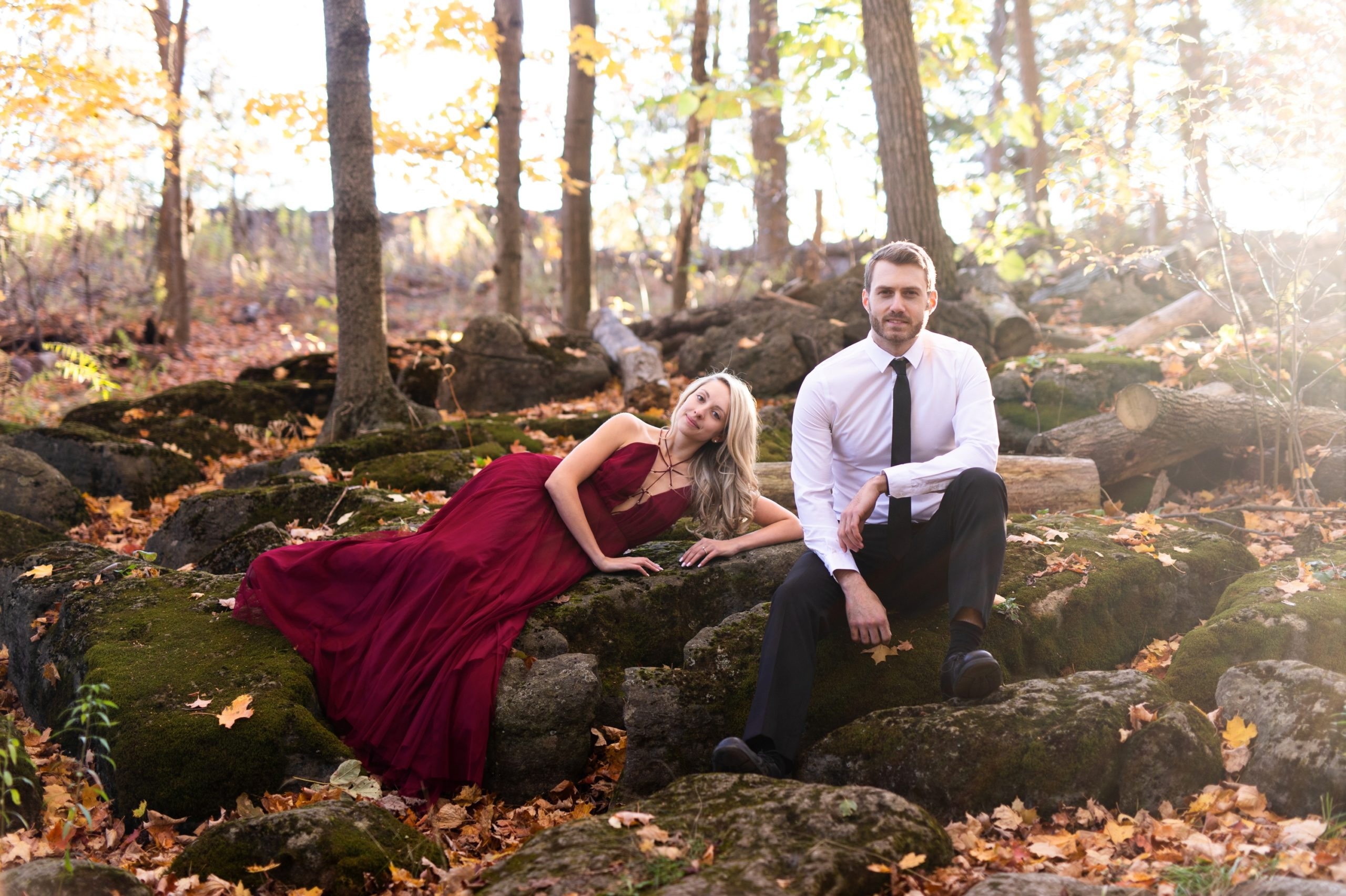 Red Dress Rattlesnake Point Fall Autumn Engagement Milton Zsuzsi Pal Photography