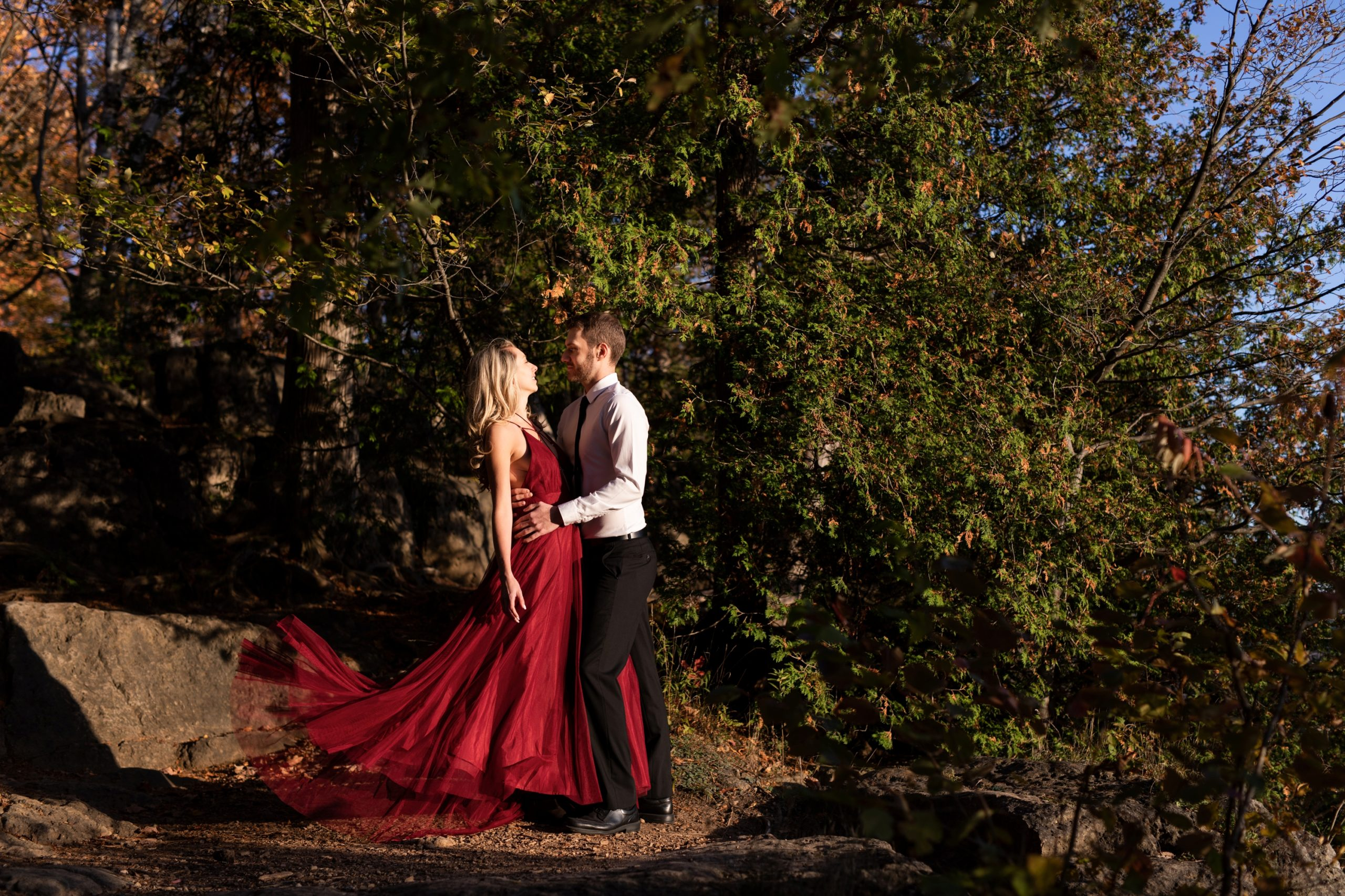 Sunset Light Dress Rattlesnake Point Fall Autumn Engagement Milton Zsuzsi Pal Photography