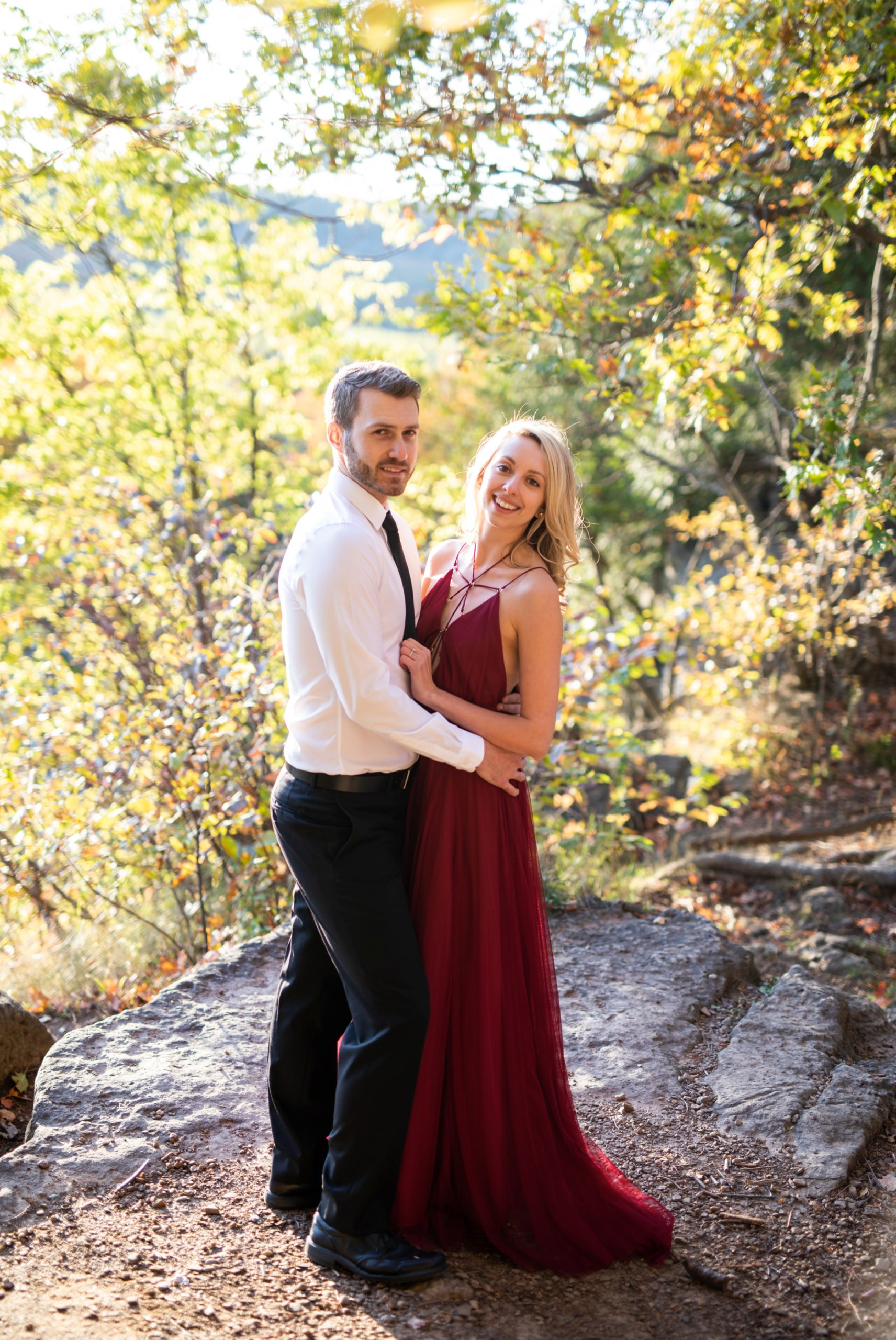 Soft Light Rattlesnake Point Fall Autumn Engagement Milton Zsuzsi Pal Photography